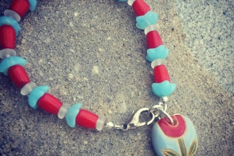 Red Tulip bracelet, copyright Honey from the Bee