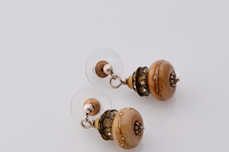 Queen Anne's Lace artisan earrings, copyright Honey from the Bee