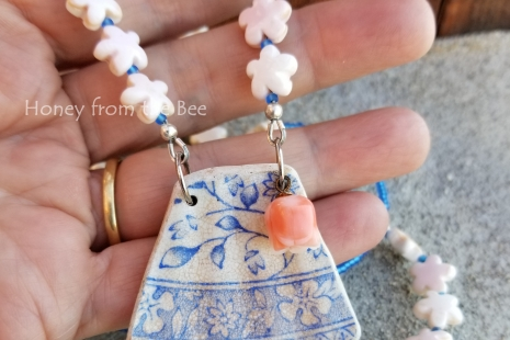 Blue and white pottery necklace