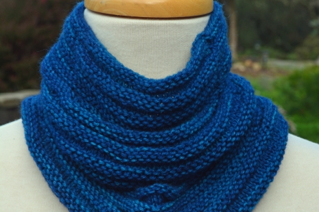 Blue Cashmere knitted cowl