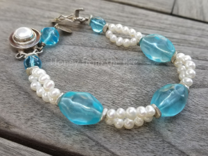 Seaglass and pearl bracelet