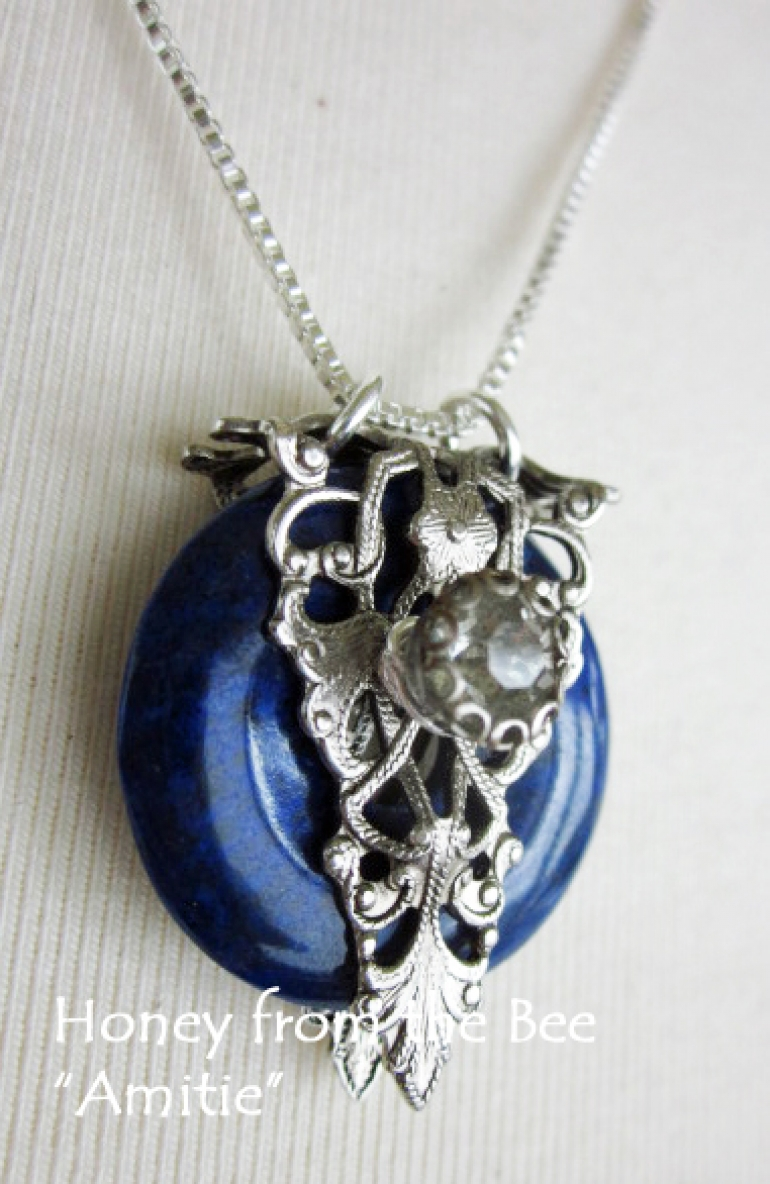 amitie_-_french_blue_and_filigree_pendant.jpg