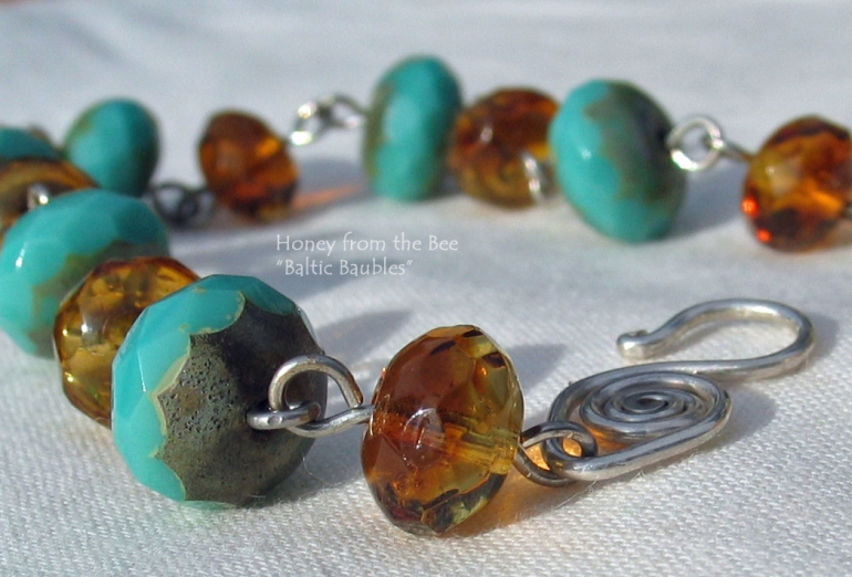 baltic_baubles_-_turquoise_and_amber_czech_glass_bracelet.jpg