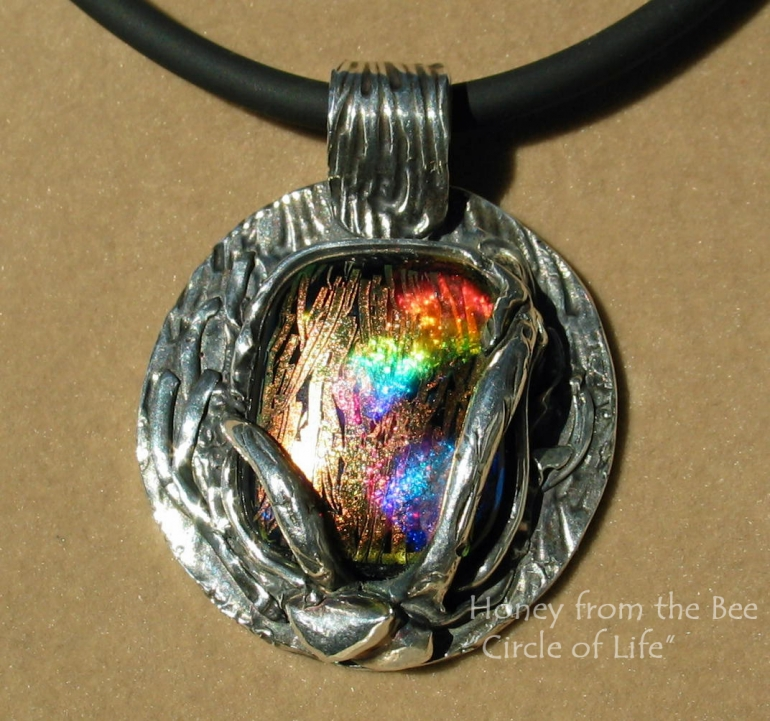 circle_of_life_-_fine_silver_and_fused_glass_pendant.jpg