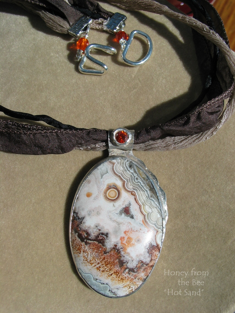 hot_sand_-_old_crazy_lace_agate_pendant.jpg