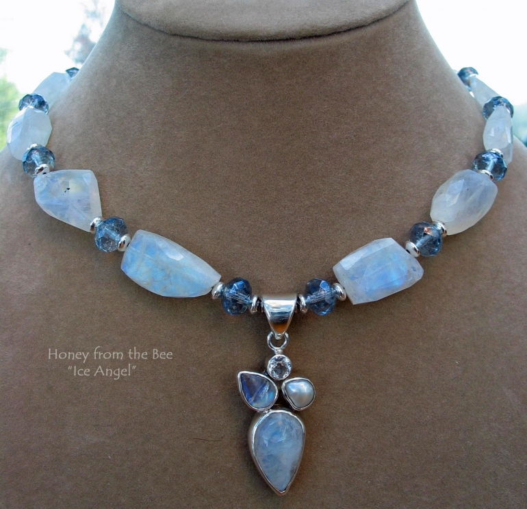 ice_angel_-_moonstone_and_pearl_necklace.jpg