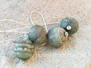 Bubbles - hollow lampwork earrings