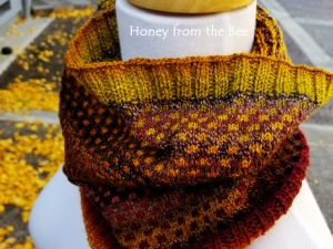 Fall colors cowl
