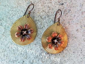 Flower Power brass earrings