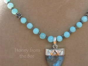 Waterskiing necklace