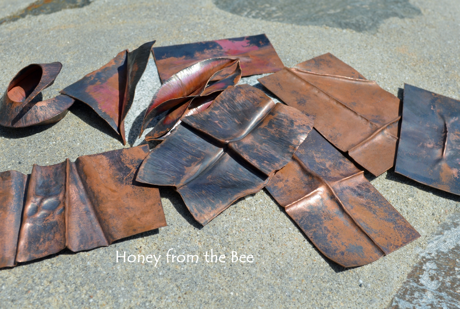 Foldformed copper samples by Honey from the Bee